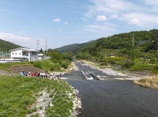 釜高裏の甲子川
