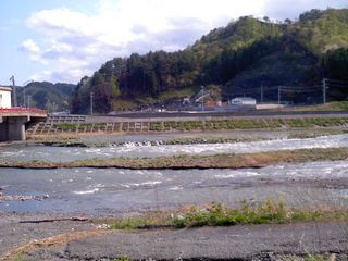 バイパス下の大槌川下流